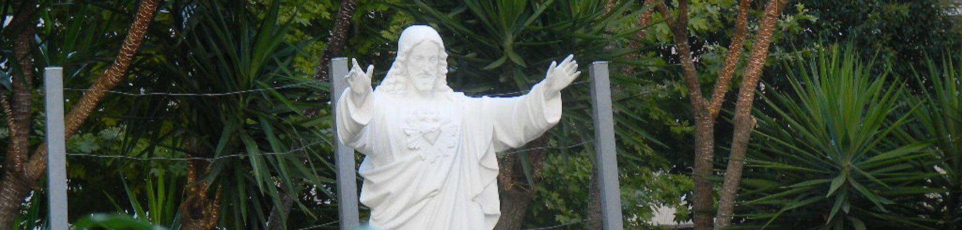Istituto Sacro Cuore Roma Scuola Sacro Cuore - Statua Gesù Cristo